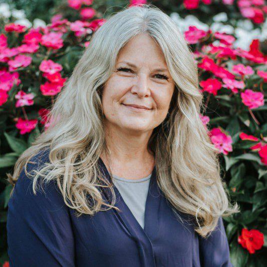 Dr. Sarah Sawin-Thomas